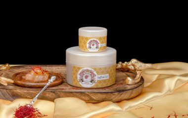 Indrani Cosmetics Saffron Gel for healthy and glowing skin.